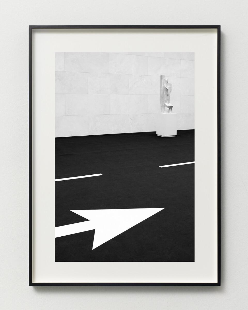 Bettina Pousttchi, Drive Thru Museum, Lipchitz Drive Thru, 2014
